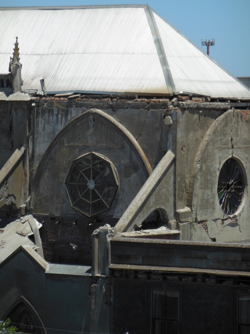 Earthquake damage at a historic church in Talca.JPG