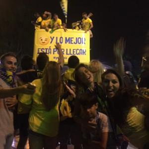 Bienvenido fútbolistas! con mis hermanos de España