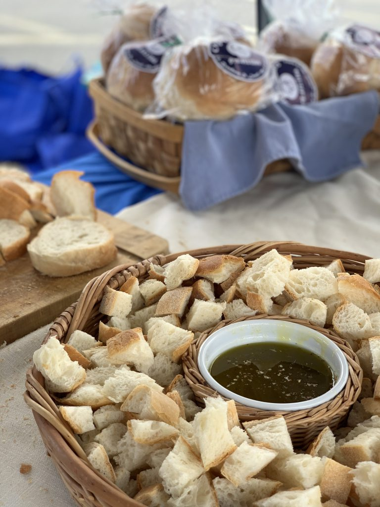 Sampling of bread and oil