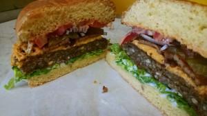 Arlos burger (2)