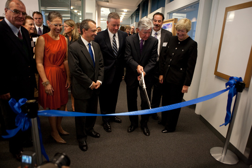 Ribbon_cutting_M2D2-065.jpg