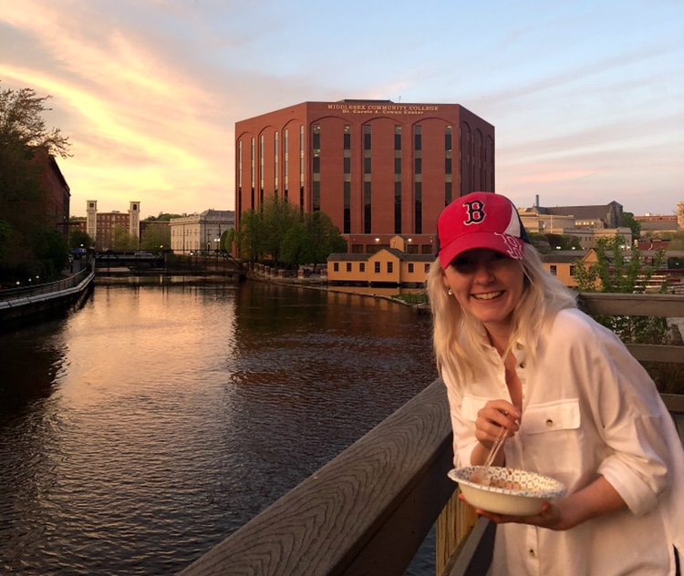 Follow this Fall 2018's Office of Study Abroad & International Experiences Global Correspondent, Isla Swindles, on her studies in Maastricht, Netherlands! Isla is a UMass Lowell Business Administration major studying this Fall on a UMass Lowell Partner-led in USAC Netherlands: Maastricht University Undergraduate Courses