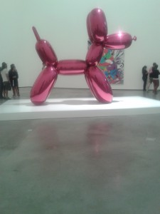 The giant balloon dog